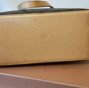 Louis Vuitton Bags - LV cabas mezzo authentic